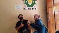 Dukung Program Pemerintah, Kader Muda PPP Gelar Vaksinasi