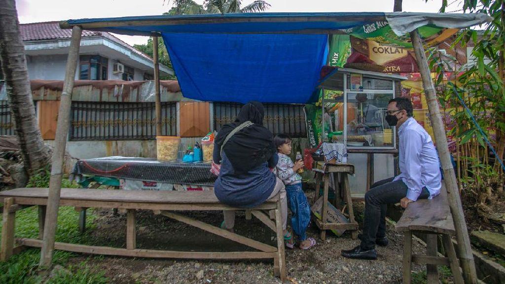 ASN Bogor Sisihkan Gaji-Borong UMKM untuk Bantu Warga Terdampak Pandemi