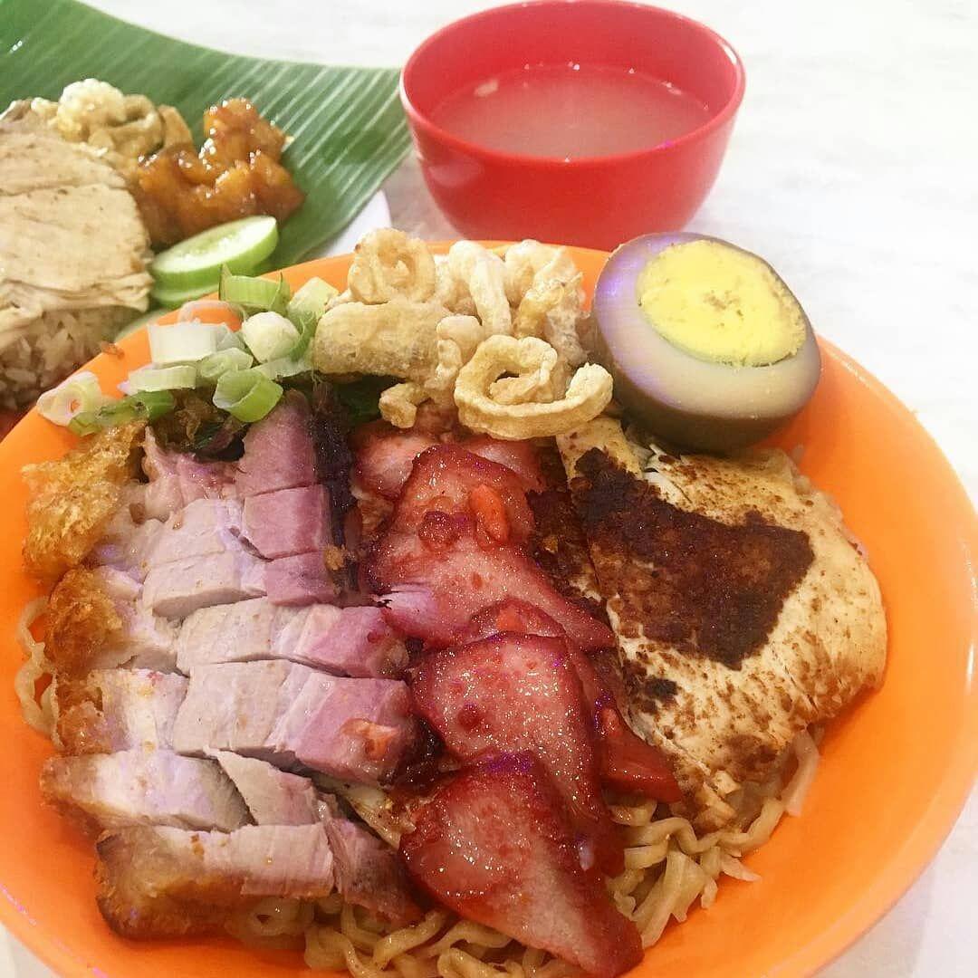 5 Tempat Makan Bakmi Babi yang Terkenal Enak di Jakarta