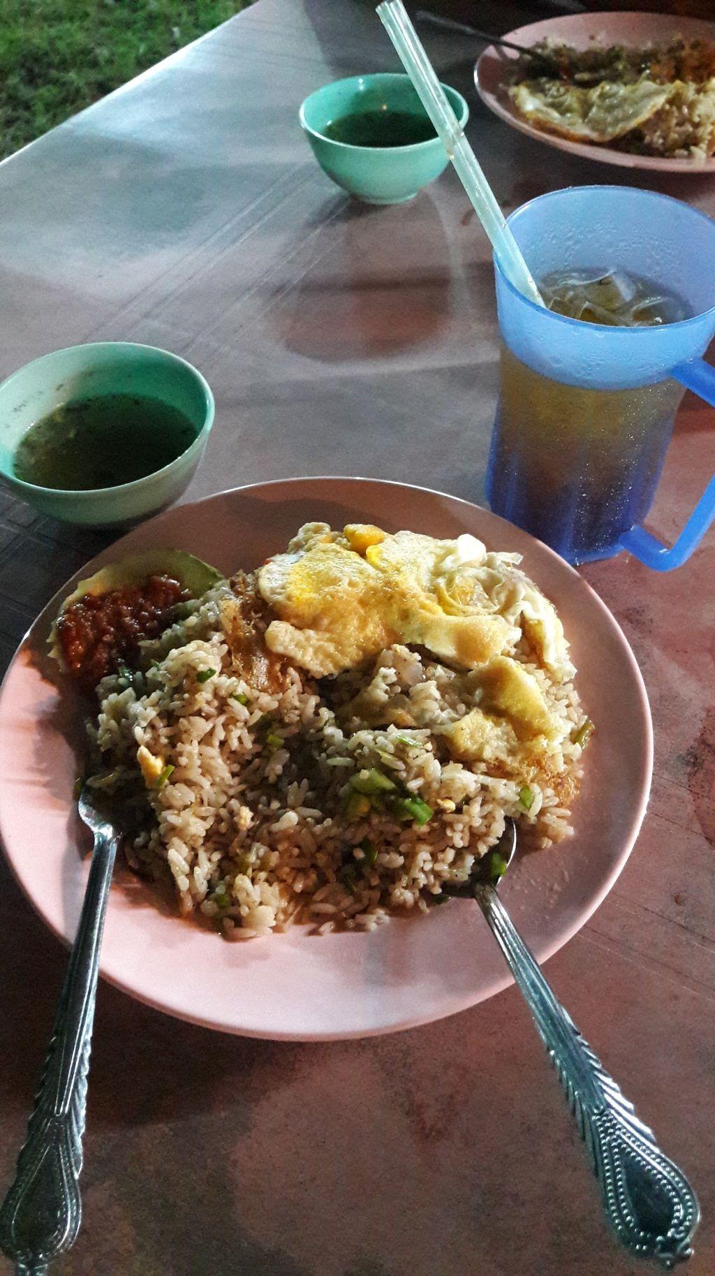 Bukan Pamer Kekayaan, Kini Netizen Pamer Bisa 'dine in' di Restoran