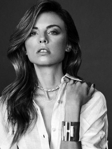 Stylist dan mantan model Erica Pelosini Leeman.