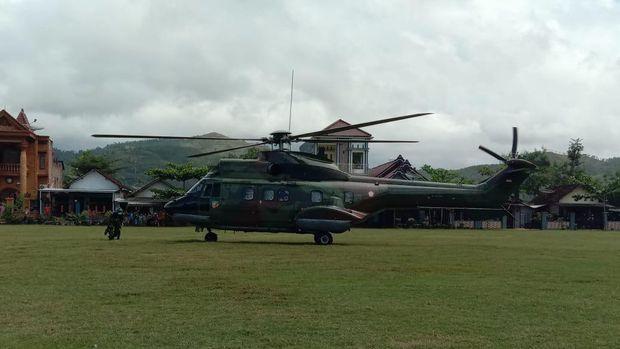 helikopter TNI AU Lanud Iswahjudi Madiun yang sedang latihan