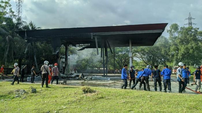 Kebakaran SBPU Semen Tonasa, Pangkep, Sulawesi Selatan