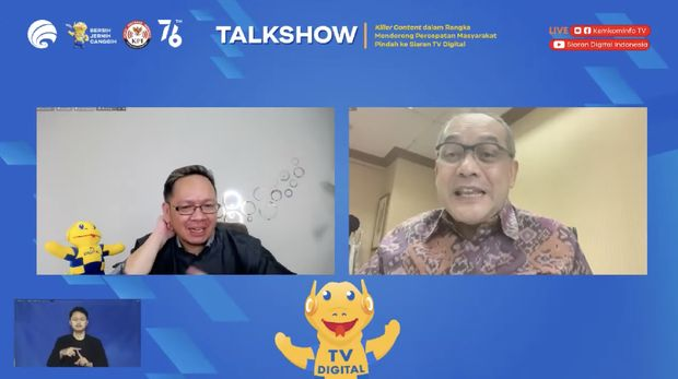 (Kanan) Ketua Asosiasi Televisi Swasta Indonesia (ATVSI) Syafril Nasution