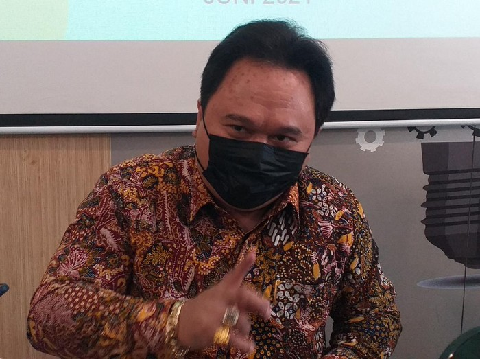 pengacara JE pemilik SMA SPI Batu bernama Recky Bernadus Surupandy