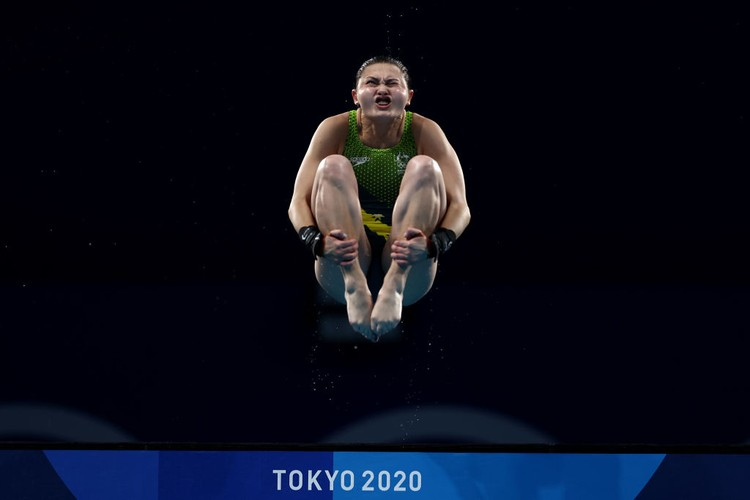 TOKYO, JAPAN - AUGUST 05: Melissa Wu of Team Australia  competes in the Womens 10m Platform Final on day thirteen of the Tokyo 2020 Olympic Games at Tokyo Aquatics Centre on August 05, 2021 in Tokyo, Japan. (Photo by Clive Rose/Getty Images)
