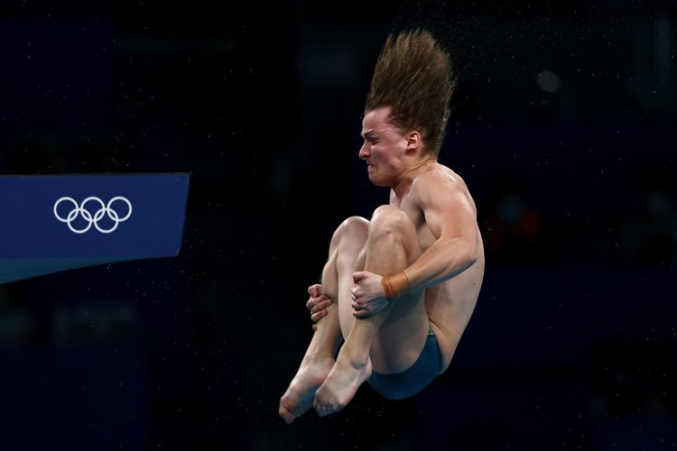 TOKYO, JAPAN - AUGUST 07: Cassiel Rousseau of Team Australia competes in the Mens 10m Platform Final on day fifteen of the Tokyo 2020 Olympic Games at Tokyo Aquatics Centre on August 07, 2021 in Tokyo, Japan. (Photo by Clive Rose/Getty Images)