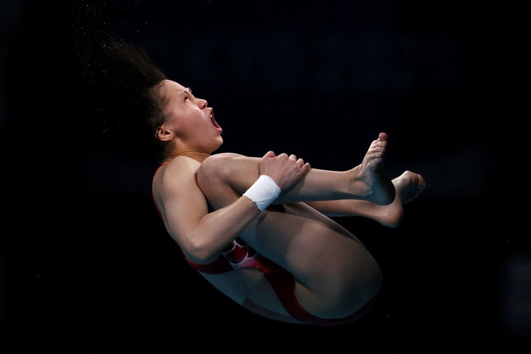 TOKYO, JAPAN - AUGUST 05: Yuxi Chen of Team China competes in the Womens 10m Platform Final on day thirteen of the Tokyo 2020 Olympic Games at Tokyo Aquatics Centre on August 05, 2021 in Tokyo, Japan. (Photo by Tom Pennington/Getty Images)