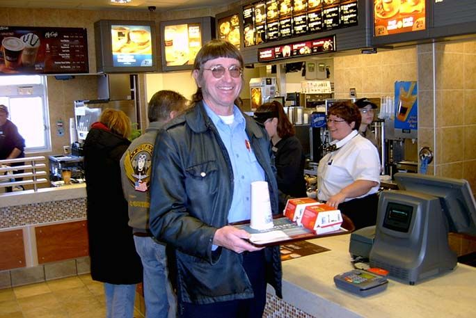 Melahap 32 Ribu 'Big Mac' Selama 22 Tahun, Pria Ini Pecahkan Rekor Dunia