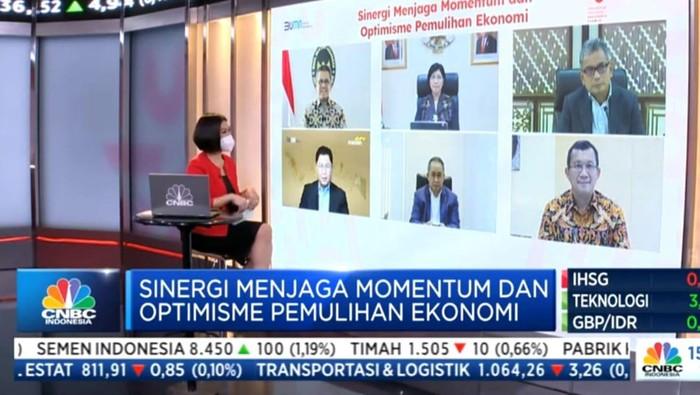 Direktur Utama PT Bank Tabungan Negara Tbk. Haru Koesmahargyo memberikan pemaparan pada Webinar Sinergi Menjaga Momentum dan Optimisme Pertumbuhan Ekonomi di Jakarta, pekan ini. Bank BTN memberikan apresiasi kepada pemerintah, regulator, dan para stakeholder yang telah pro aktif bahu-membahu dalam mendukung kebijakan pro pasar sehingga pada kuartal II/2021, Indonesia berhasil mencatatkan pertumbuhan ekonomi tertinggi dalam satu dekade terakhir. Bank BTN berkomitmen akan terus berupaya memperbaiki ekosistem perumahan agar dapat memenuhi kebutuhan rumah bagi masyarakat Indonesia khususnya untuk MBR dan milenial. Apalagi, di tengah pertumbuhan positif ekonomi, sektor real estate pun ikut melaju sebesar 2,82% yoy pada kuartal II/2021.