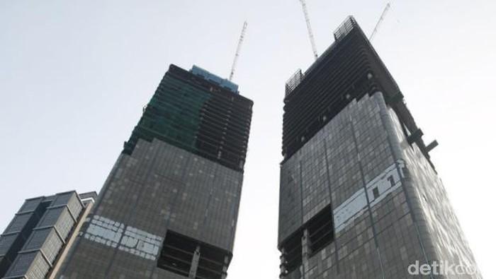 Pembangunan Gedung Indonesia 1 yang berada di Jalan MH Thamrin, Jakarta Pusat, terancam mangkrak akibat adanya kisruh internal.