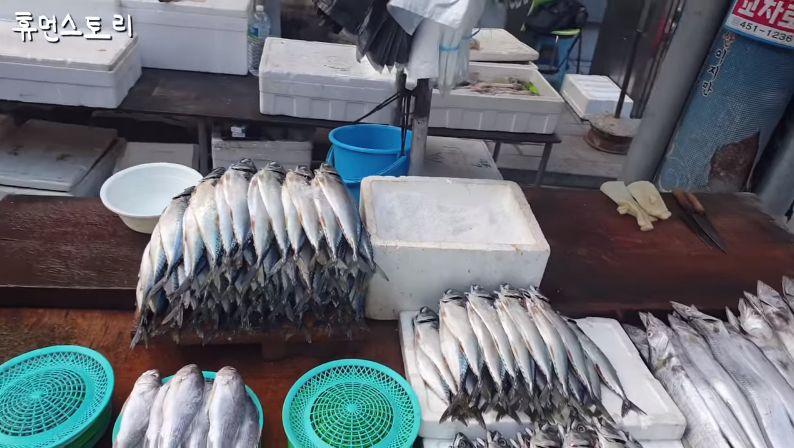 Penjual Ikan Tampan di Korea