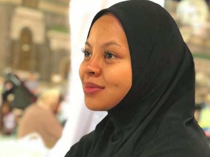 penyanyi Siti Sarah meninggal dunia
