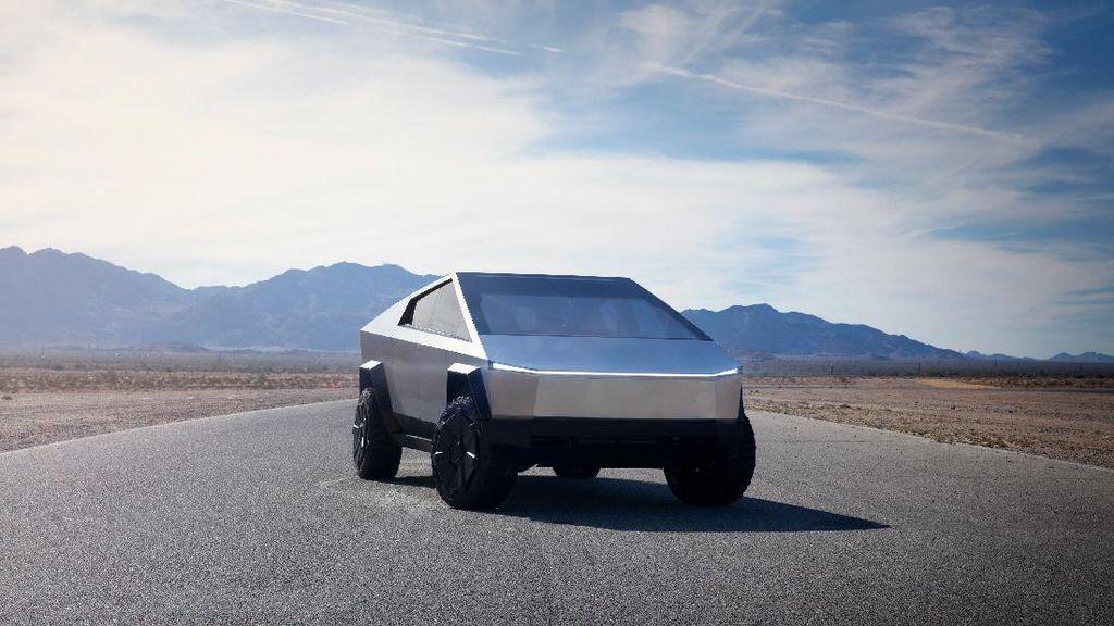 Tesla Hapus Harga dan Spesifikasi Cybertruck di Situsnya, Produksi Molor Lagi?