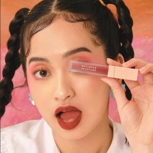 8 Rekomendasi Warna Lipstik untuk Kulit Sawo Matang
