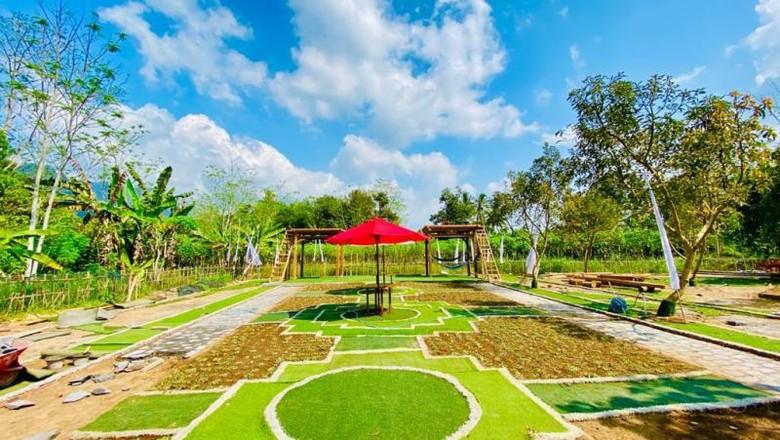 Borobudur under line yang berada di Wisata Kelinci Desa Bahasa Borobudur. (foto: Dokumentasi Wisata Kelinci Desa Bahasa Borobudur