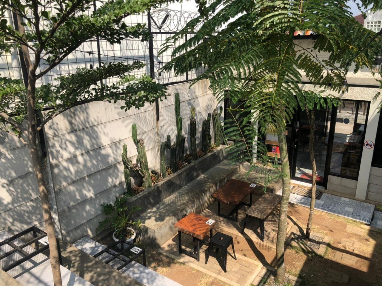 Kedai Djoeroe Coffee yang jadi tempat nongkrong anak kampus di Jatinangor
