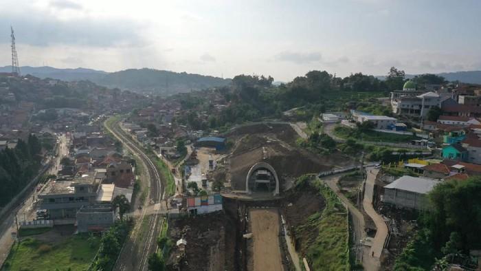 Pembangunan terowongan kereta cepat Jakarta-Bandung