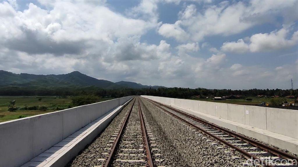 Imbas PPKM, Operasional Jalur KA Bandara YIA Molor ke September 2021