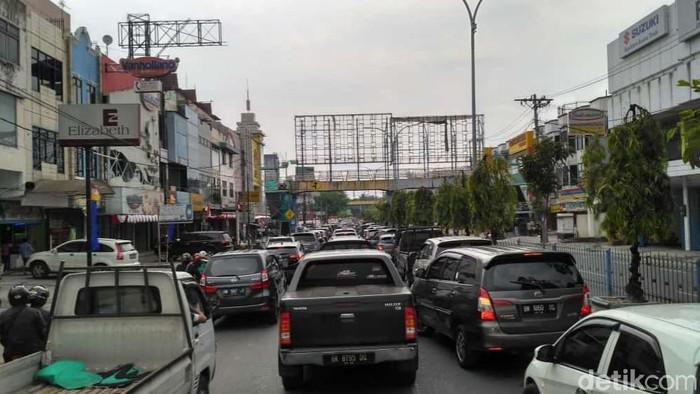 Kemacetan di Pekanbaru (Raja Adil Siregar/detikcom)