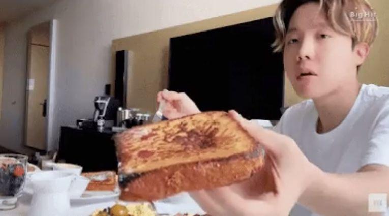 Adu Resep Sandwich J-Hope BTS vs Gordon Ramsay, Mana yang Lebih Enak?