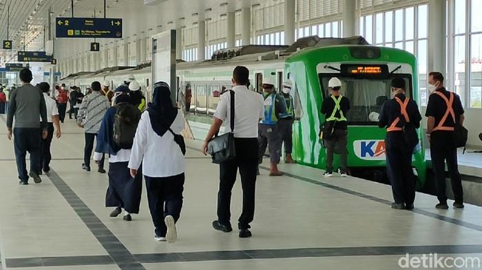 Progres pembangunan stasiun Kereta Api Bandara Yogyakarta International Airport (YIA) di Kulon Progo, DIY mencapai lebih dari 90 persen.