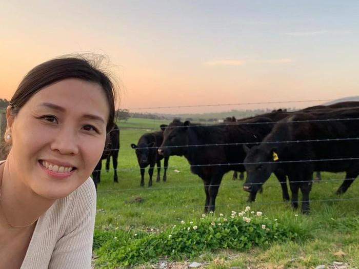 Berpose di Dapur, Veronica Tan Sibuk Urus Bisnis Wagyu Meat Specialist