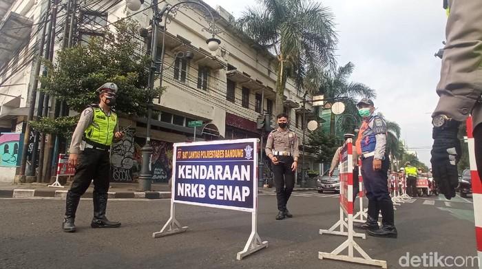 Ganjil genap di Bandung.