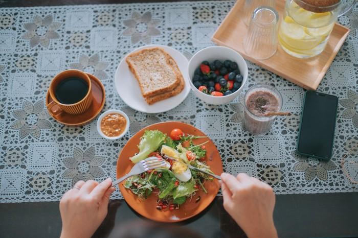 Konsumsi Kopi dan Sayur Turunkan Risiko Covid-19, Ini Kata Ahli