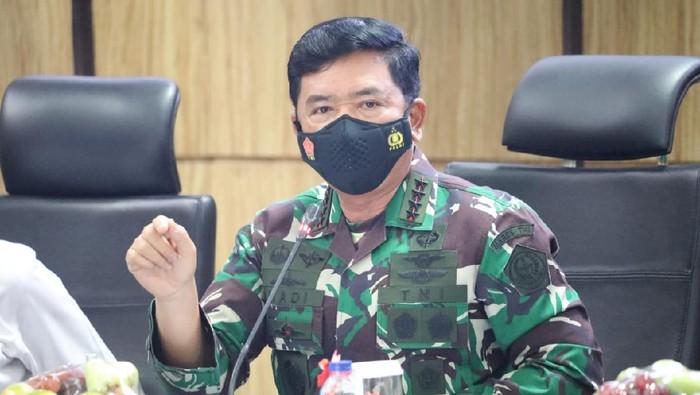 Panglima TNI Marsekal TNI Hadi Tjahjanto dan Kapolri Jenderal Listyo Sigit Prabowo menggelar rapat bersama Forkopimda Sumbar (dok Puspen TNI)