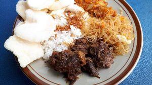Modal Rp 5.000 Bisa Makan Nasi Uduk Enak dan Legendaris di Depok