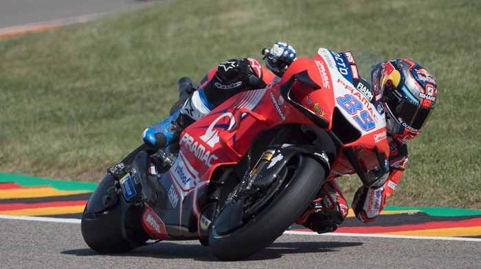 HOHENSTEIN-ERNSTTHAL, GERMANY - JUNE 18: Jorge Martin of Spain and Pramac Racing rounds the bend during the  MotoGP of Germany - Free Practice at Sachsenring Circuit on June 18, 2021 in Hohenstein-Ernstthal, Germany. (Photo by Mirco Lazzari gp/Getty Images)
