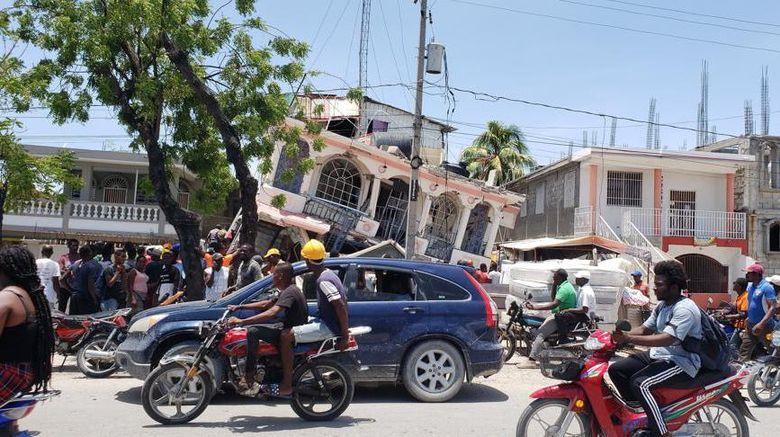 Dampak kerusakan akibat gempa M 7,2 di Haiti