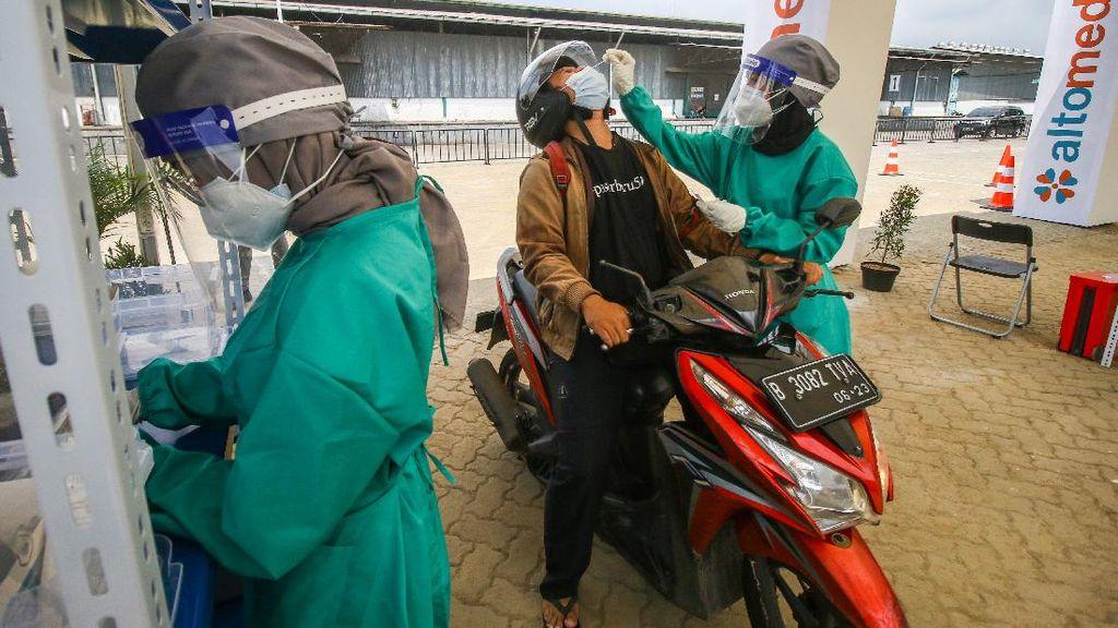 Disorot Gegara Mahal, Jokowi Minta Biaya Tes PCR Maksimal Rp 550 Ribu