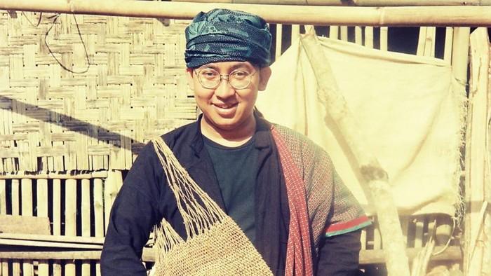 Fadli Zon mengenakan pakaian adat Baduy