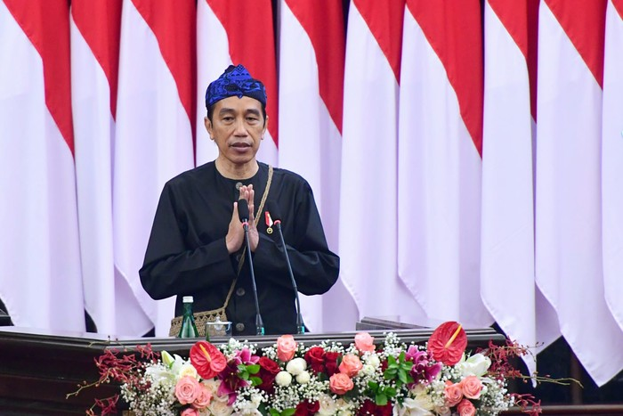 Joko Widodo menghadiri Sidang Tahunan MPR RI di Kompleks Parlemen, Senayan, Jakarta, Senin (16/8).  Biro Pers Sekretariat Presiden