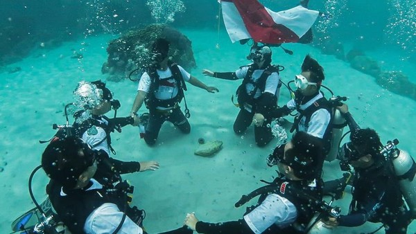 Ada pesan yang tersirat dengan perayaan ini bahwa Indonesia Tangguh, Indonesia Tumbuh dapat diwujudkan dengan terus menggelorakan semangat cinta bahari. Karena Indonesia merupakan negara maritim yang memiliki kawasan laut yang sangat luas.