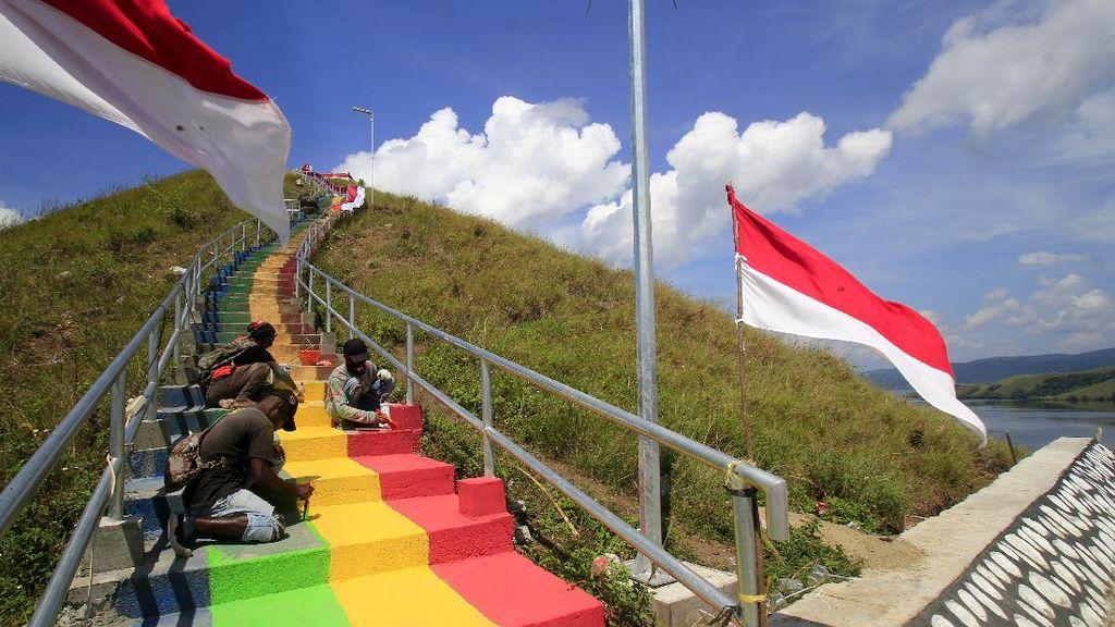 HUT ke-76 RI, Semarak Bendera Merah Putih di Papua