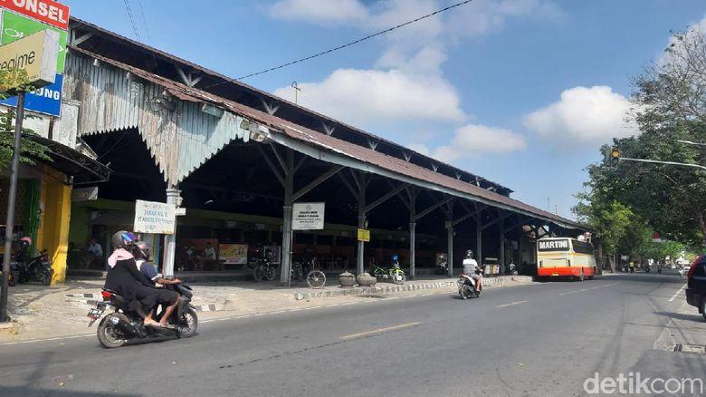 Komplek stasiun Blora saat ini