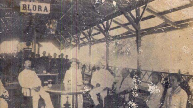 Peresmian stasiun kereta api yang dihadiri Bupati Blora RMAA. Tejokronegoro III pada tahun 1894