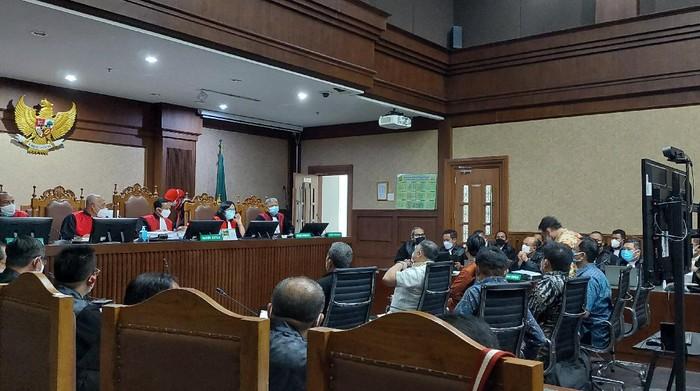 Sidang kasus korupsi ASABRI