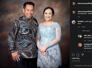 Gaya Wisuda Novita, Anak Tukul Arwana yang Dikira Netizen Istri Barunya