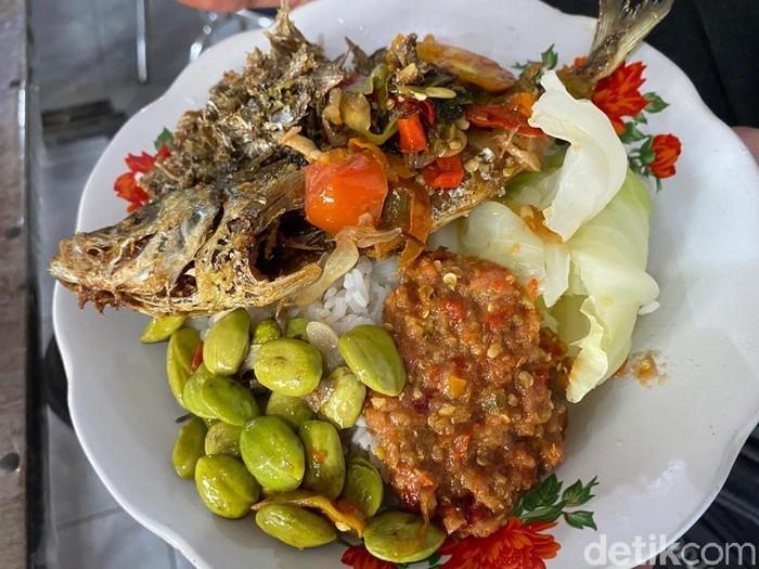 5 Nasi Rames Khas Jawa Timur yang Sedap, Nasi Sodu hingga Sego Tempong