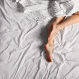 Viral di TikTok, Dokter Jelaskan Alasan Jangan Tidur Tanpa Busana