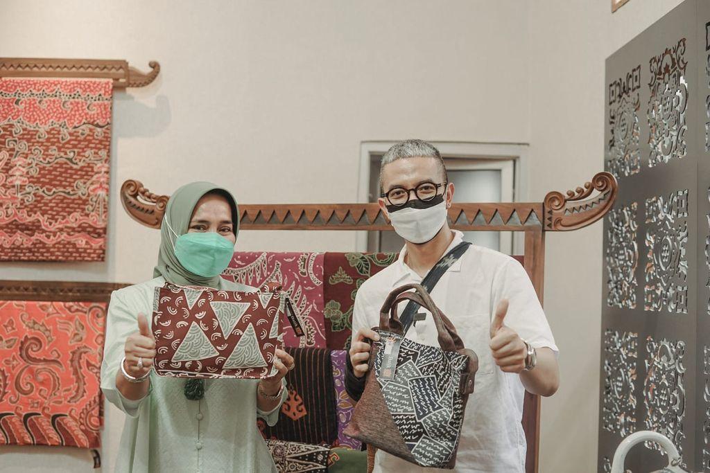 Pelatihan Didiet Maulana untuk Perajin Lampung