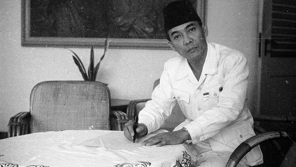 Potret Bung Karno, Bapak Bangsa yang Disegani Tokoh-tokoh Dunia