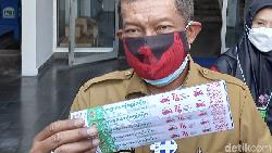 Pemkot Yogyakarta membuat gelang vaksin untuk menandai warga yang sudah divaksinasi COVID-19. Gelang ini bakal disediakan gratis di fasilitas umum.