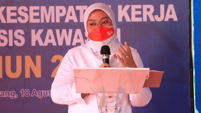 Kemenaker RI Dr.Hj Ida Fauziyah Ms.i