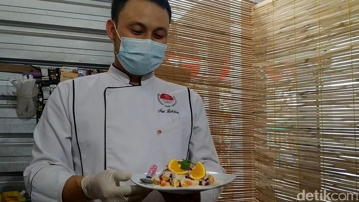 Karena Pandemi Chef Ini Berhenti Bekerja di Hotel dan Buka Resto di Rumah