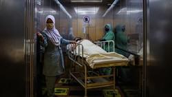 Kasus Corona di Indonesia menurun drastis. Hal itu membuat politisi Malaysia heran dan mempertanyakan cara penyelesaikan masalah Corona di negaranya.